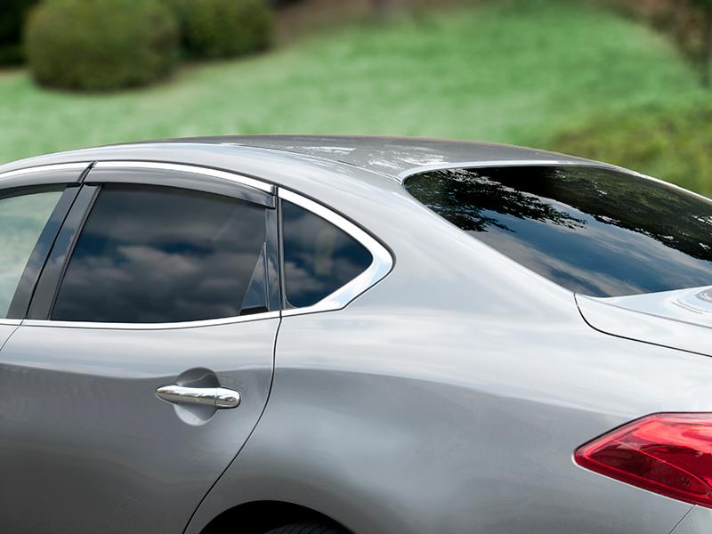 LINTEC WINCOS automotive windows films improve comfort, privacy, appearance