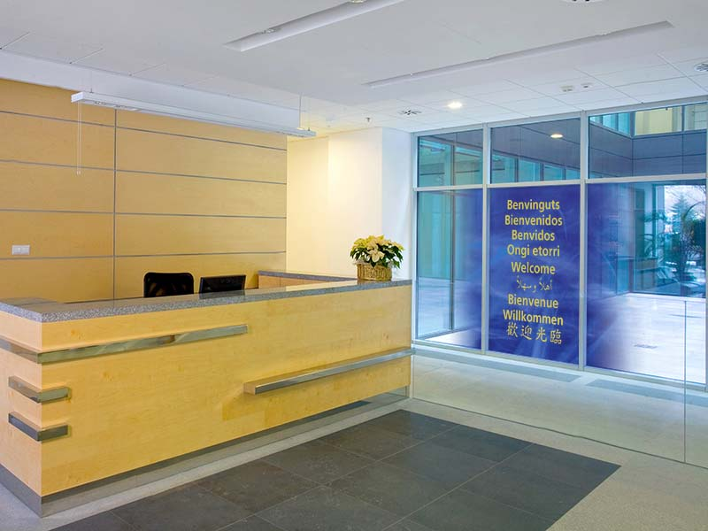 LINTEC Ultra clear film for indoor & outdoor signage eco-friendly